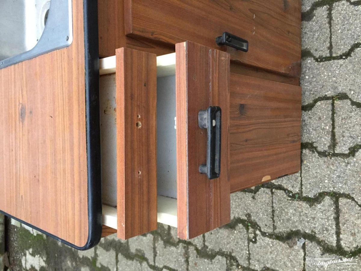 verkaufe vw t2 t2b westfalia berlin sp lenschrank eur 600. Black Bedroom Furniture Sets. Home Design Ideas