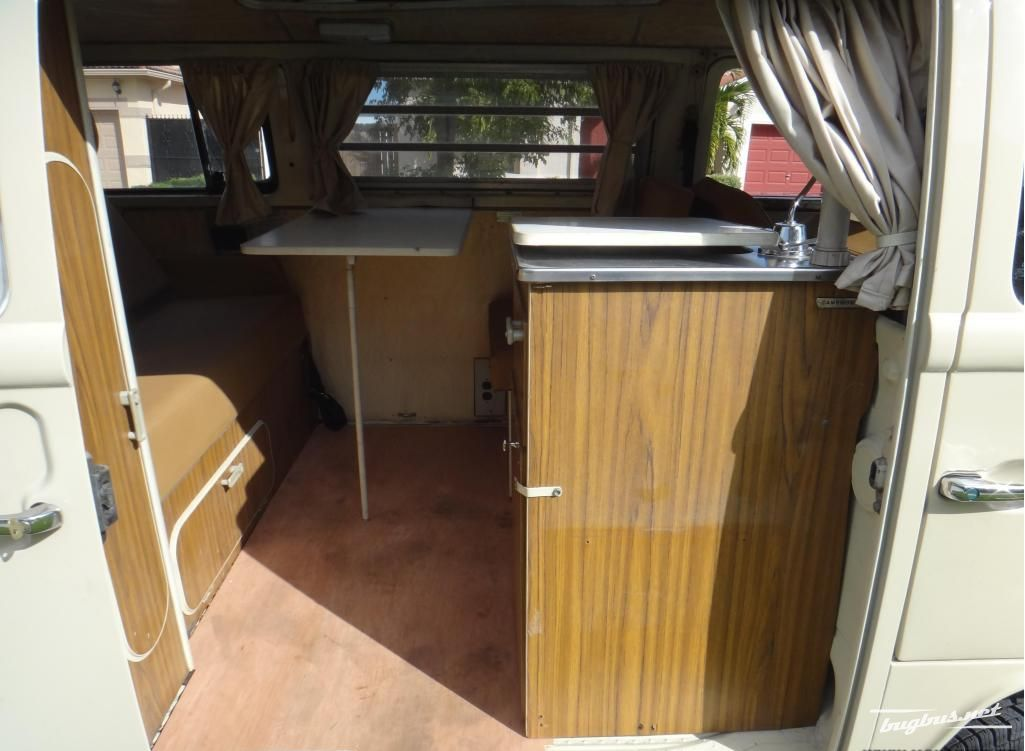 vends volkswagen t2 camper westfalia 1972 chf 3300. Black Bedroom Furniture Sets. Home Design Ideas
