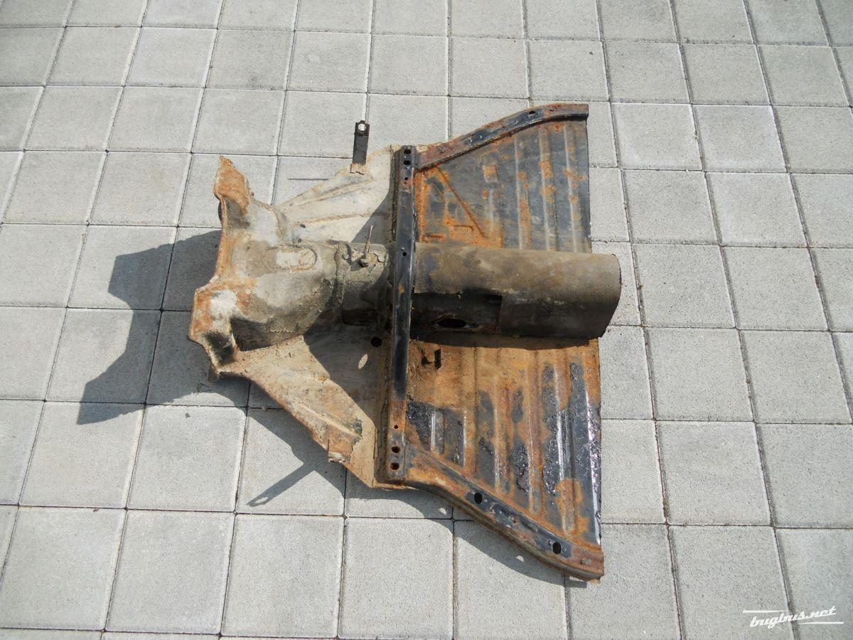 Verkaufe - Rahmenkopf Käfer 1200/1300, CHF 250.-