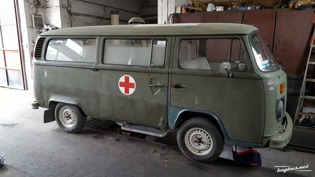 For sale - VW T2 Army Ambulance, EUR 14800
