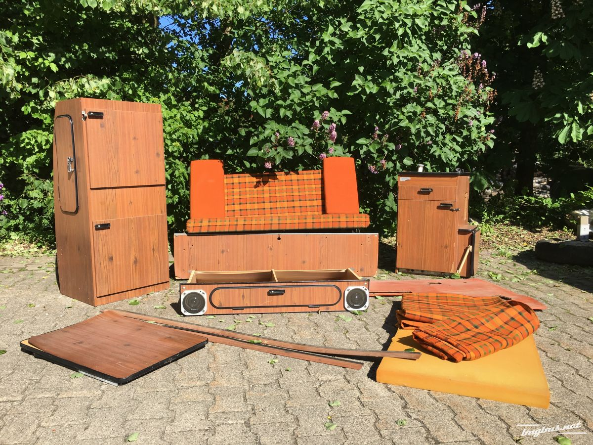 vends vw t2 westfalia ersatzteile eur 1. Black Bedroom Furniture Sets. Home Design Ideas